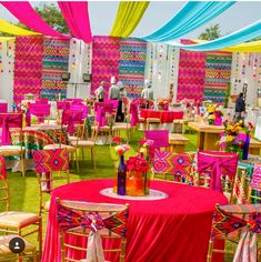 pictame webstagram How cute are these mehndi decor ideas! Desi Wedding Decor, Wedding Hall Decorations, Marriage Decoration, Backdrop Decorations, Home Wedding, Mehendi Decor Ideas, Mehndi Decor, Haldi Ceremony, Colorful Decor
