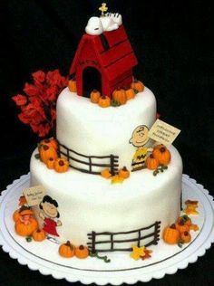 Charlie Brown, Snoopy, Lucy ~ Great Pumpkin cake