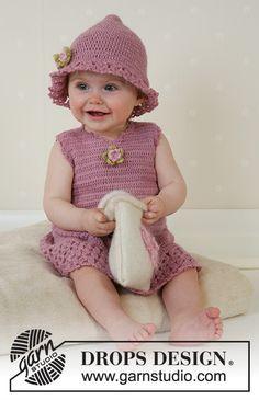 """Little Miss Berry Cardigan & DROPS Baby - Jacke mit Rundpasse, Hut und Schuhe in """"Alpaca"""" (Kleid und Tasche - Free pattern by DROPS Design Baby Knitting Patterns, Baby Patterns, Crochet Patterns, Free Knitting, Crochet Dress Girl, Baby Girl Crochet, Crochet Baby Clothes, Crochet Dresses, Crochet Gratis"""