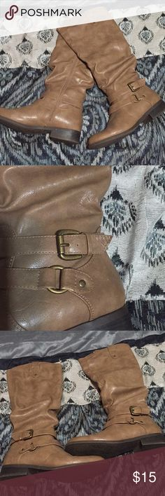 Taupe boots 👢 Taupe color faux leather riding boots 👢 Still in great condition, but does have a scuff mark on the left one (shown in pic) Smoke and pet free 🏠 All purchases come with gift 🎁 White Mountain Shoes Winter & Rain Boots
