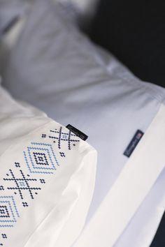 Lexington Bettwäsche Poplin with Embroidery Blau · home go lucky