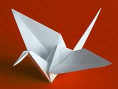 Sakura and Zen: The beauty and peace of origami. The crane and Sadako Sasaki.