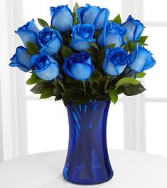 Search for rhapsody in blue rainbow rose bouquet 12 stems Blue Flowers Bouquet, Beach Flowers, Beautiful Flowers, Rose Flowers, Flower Vases, Beautiful Things, Flower Delivery Uk, Send Flowers Online, Blue Glass Vase