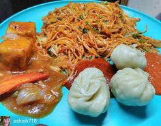 Via @ashish718 -  #EveningSnacks #BadiBhook #ChineseDhamaka #Chinese #ChineseFood #ChillyPaneer #ChillyGarlicChowmein #Momos #Spicy #noodles #Noods #FoodLoveForever @indian_foodiye @eat.lo @foodiye_international #Foodiye #indianfoodiye #MumbaiFoodiye #IncredibleIndia .  Follow  @Mumbai_Foodiye  Follow  @Indian_Foodiye   Tag friends you want to eat this with  - #regrann