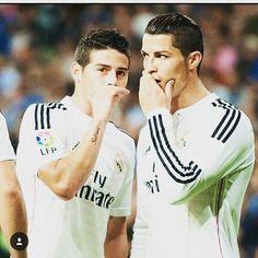 Some1 tells me whats happening! #messi #Tokyo2020 #sportsnews #tbt #Ronaldo #Ricardo #neymarjr #DavidLuiz #luiz #RobertoCarlos #carlos #cbf #fcb #mufc #manchester #chelsea #fc #bayern #realmadrid #MadridS.A.D #atm #milano #nba #acmilan #milan #ball #love #Baloncesto #China #USA
