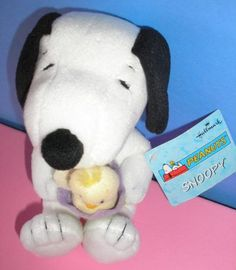 """Hallmark Peanuts Easter Snoopy 8"""" Plush with Chick in Egg…"""