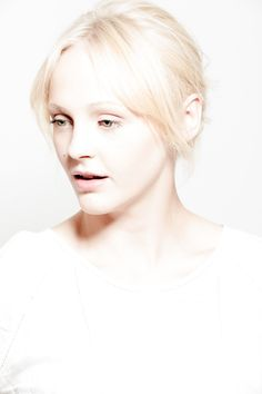 """""""Mind so dark and skin so white."""" Laura Marling"""