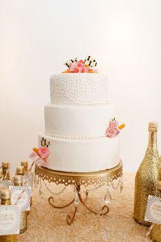 modern wedding cake - photo by Jenn Finazzo Photography http://ruffledblog.com/bow-tie-inspired-wedding-shoot #weddingcake #cakes