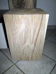 Nr.47, Eiche 30cm x 30cm x 47cm, Tisch, Holzsäule, Hocker, geschliffen