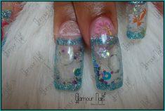 Aquarium nail art...aquarium nails...shake em up! See the contents move!