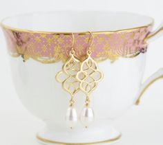 scroll gold and pearl earrings | by jacaranda designs | http://emmalinebride.com/bride/pearl-earrings-bride/ | pearl earrings bride