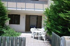 2 Bedroom Townhouse in Melendugno to rent from £307 pw. With TV.