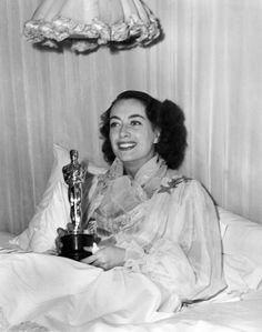 Joan Crawford - Oscar Night - Mildred Pierce