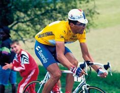 First rider to win the Tour 5 times in a row: Miguel Indurain. #TDF