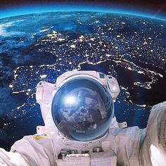 Astronaut Samantha Cristoforetti - Astronauts take the coolest selfies from outer space - Pictures - CBS News Cosmos, Sistema Solar, Space And Astronomy, Earth From Space, To Infinity And Beyond, Space Travel, Space Exploration, Science And Nature, Planet Earth