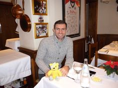 Aaron Hughes, Defender for Fulham FC, backs the Paul Strank Roofing Photothon with Pudsey! #pudseyphotothon #pudsey #cin