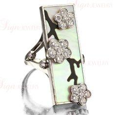VAN CLEEF & ARPELS Miroir des Eaux Onyx Pearl Diamond Ring at 1stdibs
