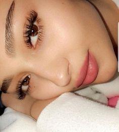 Atemberaubender Make-up-Look! Skin - Atemberaubender Make-up-Look! Long Lashes, False Lashes, Fake Eyelashes, Perfect Eyelashes, Eyelashes Makeup, Natural Beauty Tips, Natural Makeup, Makeup Salon, Eye Makeup