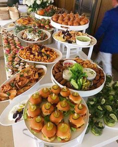 Mini appetizer buffet food in 2019 appetizer buffet, appetiz Appetizer Buffet, Party Food Buffet, Catering Buffet, Appetizers Table, Party Food Platters, Mini Appetizers, Appetizer Recipes, Appetizer Table Display, Catering Display
