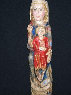 Virgen sedente con el Niño. S. XII-XIII Sta. Mª de Ordás.