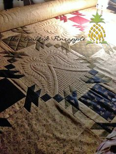 The Quilted Pineapple | THE QUILTED PINEAPPLE: Hospitality Quilt quilted by Linda Hrcka