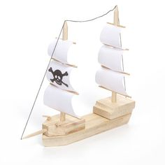 <div>Set sail with your kids to the land of adventure and mirth with this wooden pirate ship mod...