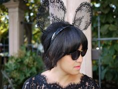 DIY Lace Mickey Mouse Ears