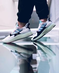 adidas Futurecraft Sole Trees designs high quality premium shoe trees for sneakers that reverse and minimize creasing and help maintain original shape when not being worn Sneakers Fashion, Fashion Shoes, Mens Fashion, Fashion Accessories, Rihanna, Streetwear Shoes, Shoe Tree, Balenciaga, Adidas Sneakers