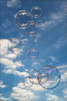 Water / Agua / Wasser / 水 / Vesi Giant Bubbles, Bubble Balloons, My Bubbles, Blowing Bubbles, Soap Bubbles, Photo Wall Collage, Picture Wall, Aesthetic Photo, Aesthetic Pictures