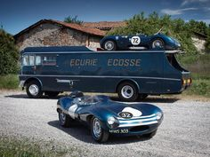 Ecurie Ecosse transporter with a Jaguar C-type and D-type. Classic period picture of a motor racing team . Le Mans, Porsche 914, Jaguar C Type, Jaguar Cars, Classic Trucks, Classic Cars, Maserati, Convertible, Volkswagen