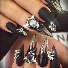 The Most Popular Nail Shapes – NaiLovely Witchy Nails, Goth Nails, Skull Nails, Stiletto Nails, Classy Nail Designs, Beautiful Nail Designs, Nail Art Designs, Nails Design, Halloween Nail Designs