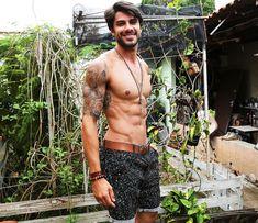 Participante do BBB16, Renan é modelo e já morou fora do Brasil.