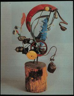 Jean Tinguely, né en 1925 à Fribourg et mort à Berne en 1991, est sculpteur suisse. Il fait ses études aux Arts appliqués de Bâle de 1940 à 1945, et en 1944 commence à s'intéresser au mouvement dans l'espace. Dans les années 50 il réalise une série de sculptures à moteurs, nommées les Méta-matics. - See more at: http://expertisez.com/echos-art/jean-tinguely-pop-art-et-nouveau-realisme#sthash.K7aKaSOz.dpuf