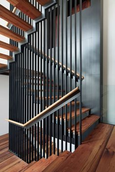 [New] The 10 Best Home Decor (with Pictures) - Do you like this design? What do you think about this design? Write a comment below. Design by: DM for credits or removal All rights belong to their respective owner(s). Staircase Handrail, Stair Railing Design, Iron Stair Railing, Bungalow House Design, Modern House Design, Loft Conversion Stairs, Steel Stairs, Modern Stairs, Interior Stairs