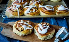 no Frisk, Scones, Doughnut, Baked Goods, Baking Recipes, Sweets, Bread, Desserts, Food