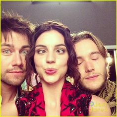 Reign [TV Show] Photo: behind the scenes of reign