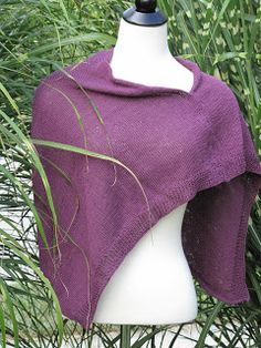 Free pattern - Beautiful Hand Knit Wrap
