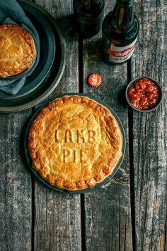 Mum's Lamb Curry Pies--this starts with leftover lamb from a roast---next time Lamb Recipes, Pie Recipes, Cooking Recipes, What's Cooking, Curry Recipes, Quiches, Empanadas, Lamb Pie, Gastronomia