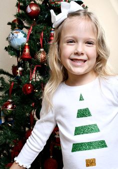 Adorable! Make this Easy Glitter Christmas Tree Shirt. Post includes a Tutorial from @Shaunna @ Fantastic Fun and Learning