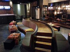 Curve catwalk at RUI Lounge&Bar