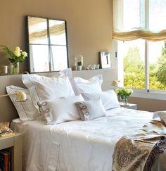 Los cabeceros más decorativos · ElMueble.com · Dormitorios Cozy Bedroom, Bedroom Decor, Mexican Bedroom, Dreams Beds, Master Room, Minimal Decor, Dream Rooms, Beautiful Bedrooms, New Room