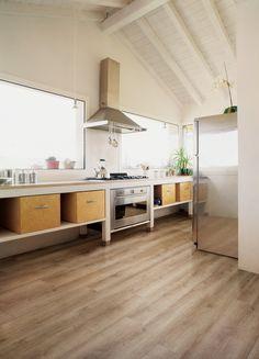 Spring Walnut floor (CW-205) in kitchen