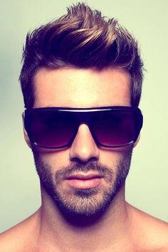 SUPER HAIR.
