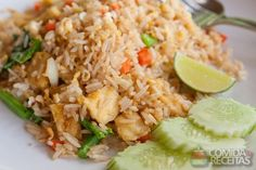 Receita rápida de arroz com frango na panela de pressão