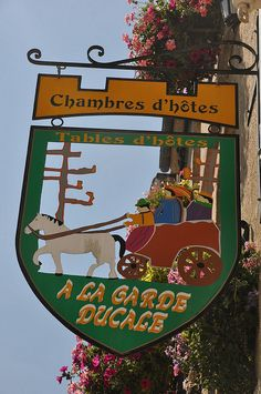 A La Garde Ducale~ Bed and Breakfast  Moncontour, Brittany, FR
