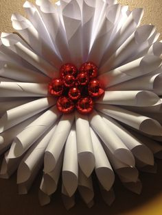 MY DIY White & Red Wreath