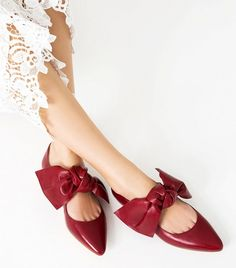 Zara Flat Leather Shoes With Bow