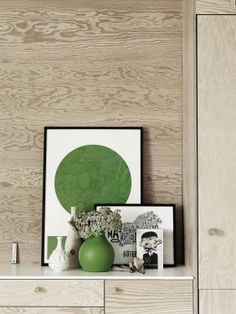 plywood furniture and kelly green accessories Plywood Interior, Plywood Walls, Plywood Sheets, Plywood Furniture, Living Colors, Hipster Wedding, Décor Antique, Mini Loft, World Of Interiors