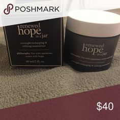 Renewed hope in a jar night cream Deeply hydrates skin with plant extract myramaze. Renews skin with triple blend of alpha hydroxy acids and intensely restores natural healthy looking complexion with Asian fruit extract Philosophy Makeup