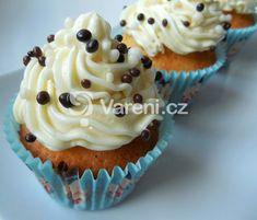 Recept na jemné cupcakes s vůní vanilky. Vareni.cz - recepty, tipy a články o vaření.
